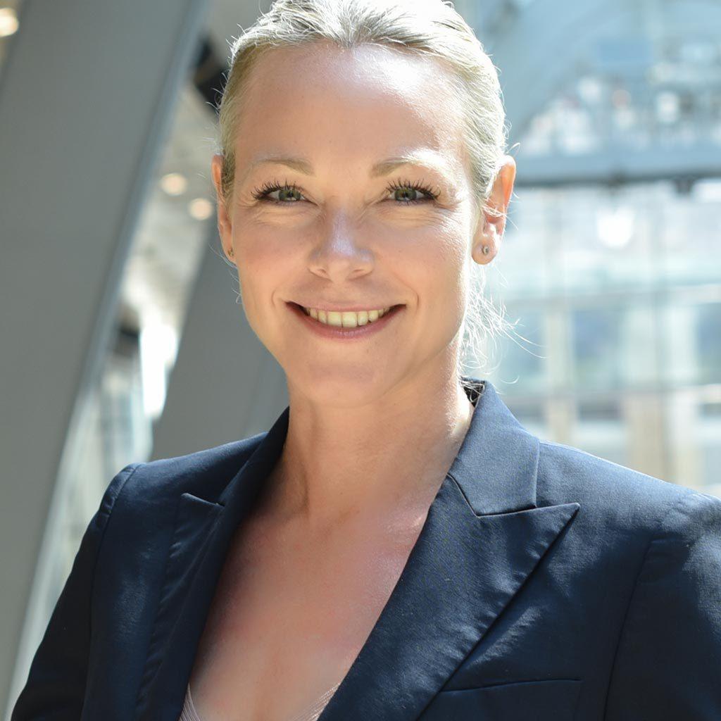 Christina Neuwirth, Personalberatung